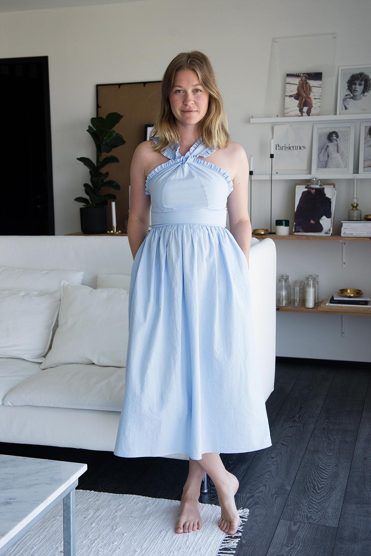 Ljusblå klänning