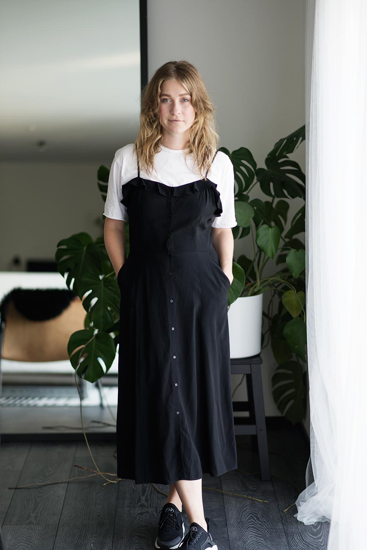 T-shirt under klänning