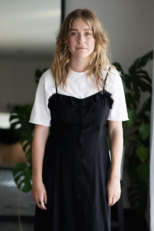 tröja över klänning