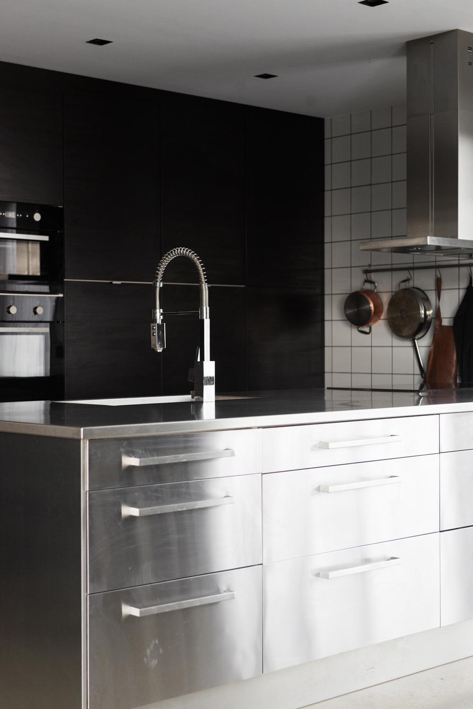 Avskalat kök och inredningstankar