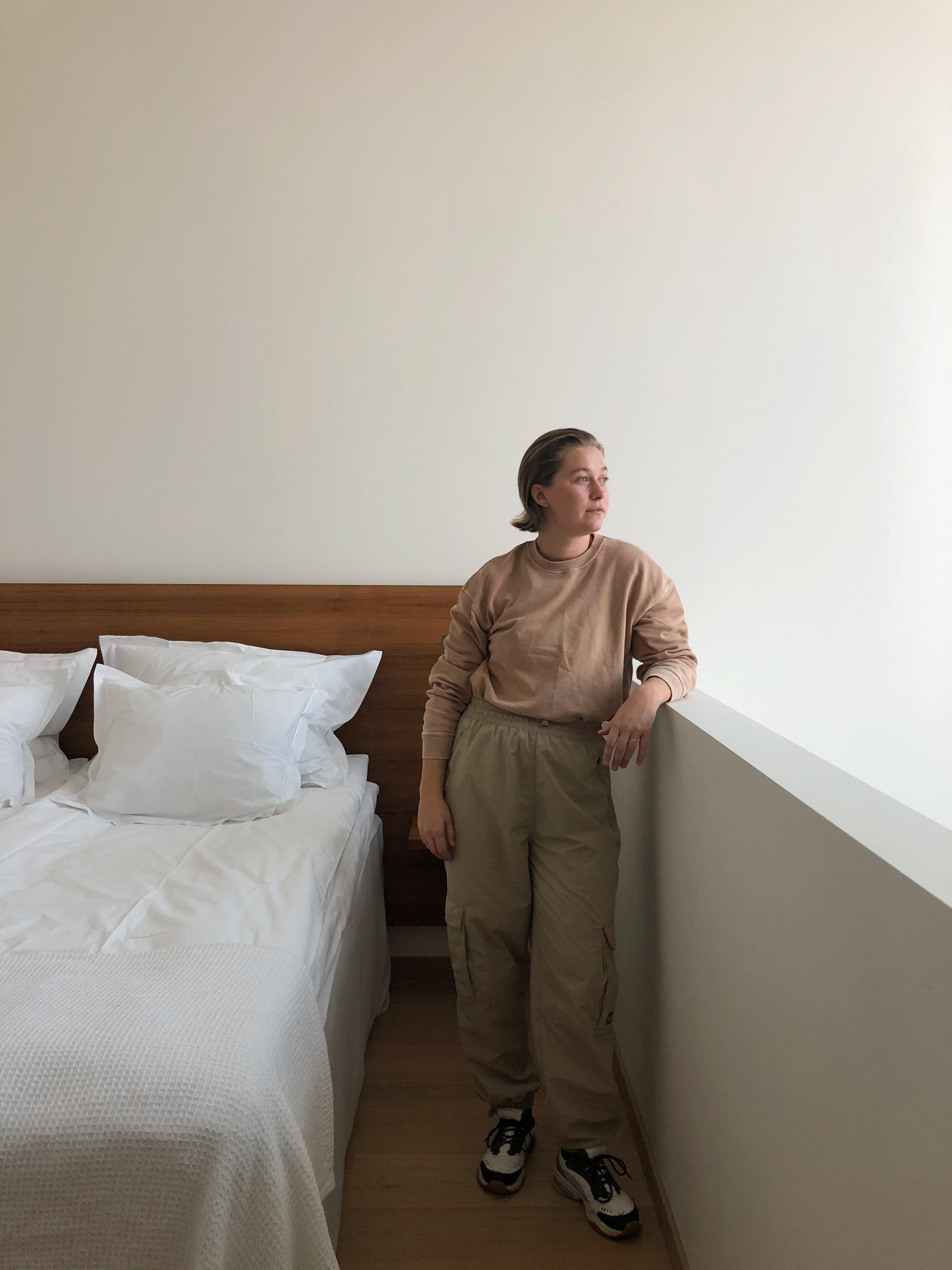 Hotellsvit, pressplåtning och poddinspelning.